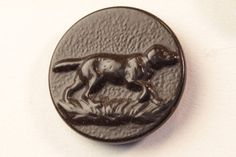 Sporting Button: Hunting Dog, Paris Back Marked, Great Condition