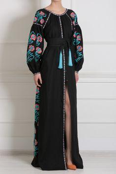 Льняное платье Vita Kin - Льняное платье в пол Vyshyvanka by Vita Kin сделано украинским дизайнером Витой Кин в интернет-магазине модной дизайнерской и брендовой одежды