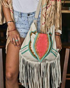 MAHIYA Free As A Bird Leather Bag - Creme >> SHOP HERE http://www.mahiya.com.au/collections/leather-hand-bags/products/free-as-a-bird-tan