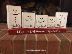 Christmas gift Snowman Snowmen Snowman Family Christmas gift Christmas Snowman family Rustic C Christmas Wood Crafts, Teacher Christmas Gifts, Snowman Crafts, Homemade Christmas Gifts, Rustic Christmas, Christmas Projects, Holiday Crafts, Christmas Ideas, Kid Made Christmas Gifts