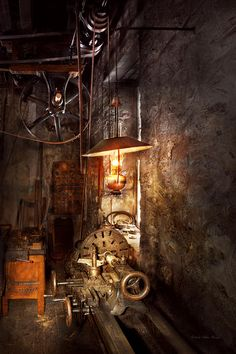 Old Lanterns Featured Images - Machinist - Lathe - The corner of an old workshop by Mike Savad Old Lanterns, Machinist Tools, Vintage Tools, Antique Tools, Vintage Iron, Old Tools, Wood Lathe, Vintage Industrial, Blacksmithing