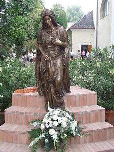 Tóbiás Klára: Szent Erzsébet szobor (Kistelek)