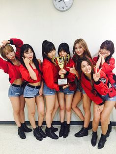 """AOA Grabs 2nd Win For """"Good Luck"""" On """"Show Champion,"""" Performances By SEVENTEEN, MONSTA X, And More"""