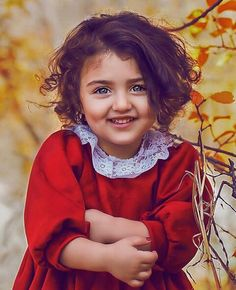 26 ideas baby girl art daughters for 2019 Cute Kids Pics, Cute Baby Girl Pictures, World's Cutest Baby, Cute Baby Girl Wallpaper, Cute Little Baby Girl, Cute Babies Photography, Amazing Photography, Cute Twins, Cute Costumes