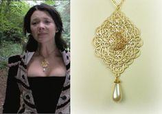 Anne Boleyn Classic Filigree and Pearl Necklace by tudorshoppe