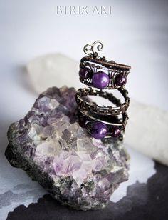 Gothic Lady ring  Wire wrapped jewelry / Oxidized di BtrixArt