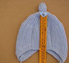 Com - Diy Crafts Knitted Hats Kids, Knitted Booties, Baby Hats Knitting, Baby Knitting Patterns, Kids Winter Hats, Kids Hats, Baby Staff, Knit Crochet, Crochet Hats