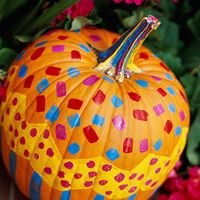 Turn any pumpkin into a festive decoration in a matter of minutes. Best of all, even the youngest kids can help. This cheerful decoration combines a brush-painted design with finger-painted carnival-inspired dots. Fall Carnival, Halloween Carnival, Outdoor Halloween, Holidays Halloween, Easy Halloween Decorations, Halloween Crafts, Halloween Ideas, Halloween 2013, Fall Pumpkins