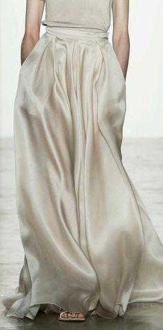 Rew Elliott: Simply Minimal: #white #silk