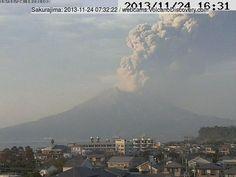 Volcanoes Today, 24 Nov 2013: Sinabung, Sakurajima, Santa María / Santiaguito, Pacaya, Fuego, Colima, Popocatépetl