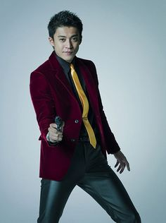 wolf-katana:  Lupin The 3rd - Live action (2014) Shun Oguri  Super-size Shun! This pose reminds me a heck of a lot of the following artwork, which I am sure was intentional!