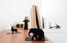 JUNGLE BOOKEND
