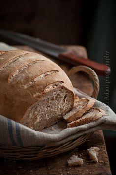 Bread by Laura Adani, via Flickr  http://iocomesono-pippi.blogpsot.it