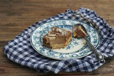 How do you like your caramel slice? I love a thin and slightly sweet biscuity base topped with luscious salted honey caramel sauce. I use coconut cream for my c