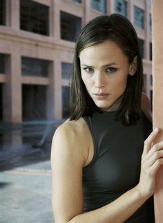 """Alias S3 Jennifer Garner as """"Sydney Bristow"""""""