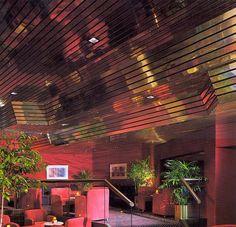 Paraline Metal Ceilings 1985 (via) 80s Interior Design, 80s Design, Interior And Exterior, Metal Ceiling, No Ceilings, Decoration Chic, Art Deco, Aesthetic Rooms, 1980s