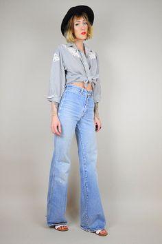 Black & white Striped CUT OUT Lace blouse // NOIROHIO VINTAGE