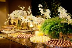 Impeccable in every detail! My Dessert, Dessert Buffet, All White Wedding, Elegant Wedding, Flower Decorations, Wedding Decorations, Table Decorations, Special Day, Wedding Inspiration
