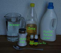 Reiniger selbst gemacht, würde evt. noch einen TL Fairy dazugeben: -    1 EL Speise Soda in die Flasche (mit dem Trichter ist es einfacher) -    1 Liter heißes Wasser in die Flasche (natürlich mit dem Trichter) -    In einem Glas einen ½ EL Essig, 1 EL Teebaumöl und 1 EL Zitrone vermischen -    Und das ganze rein in die Flache (mit dem Trichter) -    Gut schütteln  Mehr dazu: http://biotiful.at/blog/2009/10/reinigungsmittel-selbst-machen/#ixzz2P3rbjf7s
