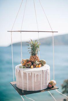 Suspended wedding cake display | Paulina Weddings Photography                                                                                                                                                                                 More