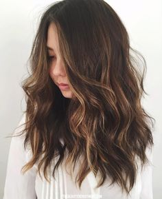 Cut / length / loose waves / layered overgrown lob style / perfect color (s)ombré/balayage