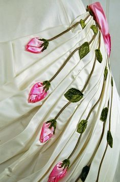 Dramatic 3-D Pink Roses Applique!!!
