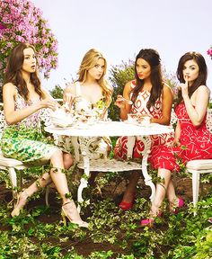 pretty little liars - buy this #dress with http://dressapp.tv