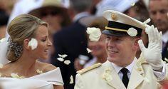 Wedding of Prince Albert II and Charlene of Monaco! Gorgeous photo!