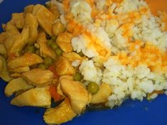 Kuracie prsia na kurkume Fried Rice, Cauliflower, Fries, Vegetables, Ethnic Recipes, Food, Cauliflowers, Essen, Vegetable Recipes