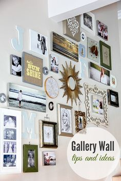 17 staircase gallery wall ideas - My Mommy Style Update the look of your home and add some personal touches with these modern, beautiful and inspiring staircase gallery wall ideas. Stairway Gallery Wall, Stairway Walls, Staircase Wall Decor, Stair Gallery, Gallery Wall Layout, Staircase Design, Gallery Walls, Stair Decor, Stairway Wall Decorating