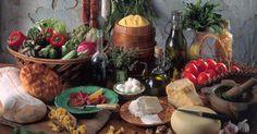 Cucina greca, cosa comprare. La cucina greca al suo meglio! Le ricette greche dal moussakas al souvlaki alla cucina delle isole,  dell'entroterra e della borghesia!