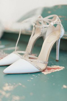 Stylish wedding shoes idea; photo: Roberta Facchini