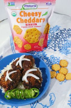 Cheesy Cheddar Ground Beef Milanesas - Everyday Latina Spicy Crackers, Healthy Mexican Recipes, Organic Snacks, Dessert For Dinner, Food Themes, Food Heaven, Recipe Using, Cheddar, Ground Beef