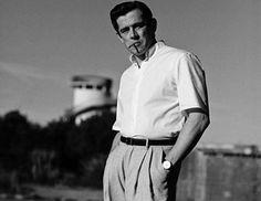 Με vintage στιλ εποχής ο Αυστριακός Werner Schreyerφωτογραφίζεται με κλασικές προτάσεις σε λευκό, μπλε και της άμμουγια μια ιστορία για το GQ Germany. Τις λήψεις έκανε ο MatteoMontanari.