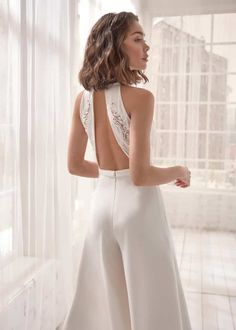Fashion Sexy Deep V Halter Backless Jumpsuit Wedding Jumpsuit, Backless Jumpsuit, Casual Jumpsuit, White Jumpsuit, Wedding Rompers, Wedding Pantsuit, Civil Wedding Dresses, Le Jolie, White Bridal