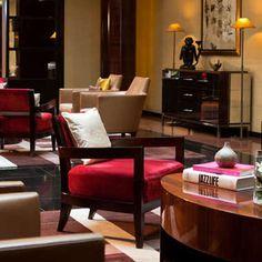 Hôtel Renaissance - Paris Vendôme  Alain Dutournier, creator of Le Pinxo, has won two Michelin stars. For a deceptively simple but fantastic mid-day meal, try his Market Lunch.