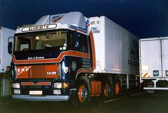 Commercial Vehicle, Classic Trucks, The Good Old Days, Old Trucks, Rigs, Cars And Motorcycles, Cool Photos, Vehicles, Image