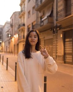 Fashion Cover, Japan Fashion, Women's Fashion, Japanese Models, Japanese Girl, Cute Girl Photo, Cool Girl, Casual Outfits 2018, Ulzzang Girl