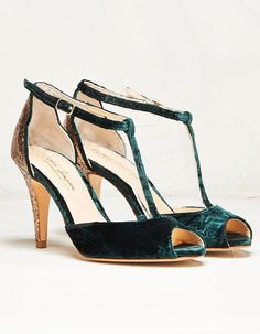 Statement Heels for Holiday Brides by Rachel Simpson ~ crushed velvet and glitter?! Olivia Dark Green