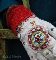 Could use felt and embroidery, sewn on... Kristi Jõeste blogi