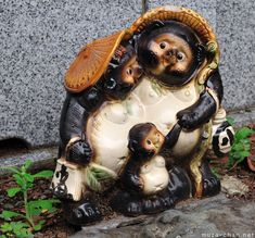 Top souvenirs from Japan - Tanuki Statue