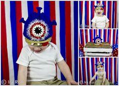 Handmade knit & crochet one eye alien monster hat for newborn to kid sizes.    The perfect hat for your little monster, alien, or beastie.    SIZE :  From newborn to kids    Colors: Light purple, Light blue, light green, dark Blue