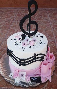 Music Cupcakes, Music Cookies, Pretty Cakes, Beautiful Cakes, Amazing Cakes, Birthday Cake Roses, Birthday Cake Girls, Fondant Cakes, Cupcake Cakes