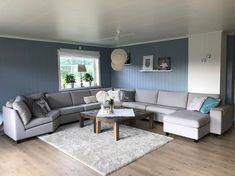 @hilderevs Couch, Furniture, Home Decor, Men, Homemade Home Decor, Sofa, Sofas, Home Furnishings