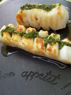 Lamelles+de+seiche+à+la+plancha+au+beurre+d'ail+persillé