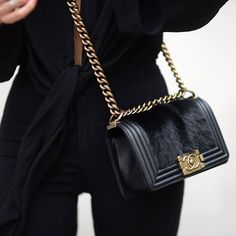 #Striking #Chanel #Bag
