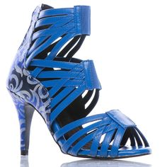 We have an excellent collection of dance shoes, that are specifically designed for different types of dances including Salsa. Shoes Online, Stiletto Heels, Dance Shoes, Sandals, Street, Design, Fashion, Dancing Shoes, Slide Sandals