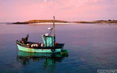 bretagne, celtic, sea, red, blue, green, water