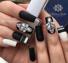 You probably love blue manicure, and this is not surprising - after all, this color has been one of the trends for several seasons. Healthy Meals For Two, Super Healthy Recipes, Nail Jewels, Nails Only, Bling Nails, Glam Nails, Hair Color Balayage, Perfect Nails, Cute Nails