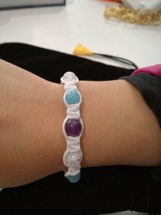 Guarda questo articolo nel mio negozio Etsy https://www.etsy.com/it/listing/551536988/braccialetto-shamballa-con-pietre-dure